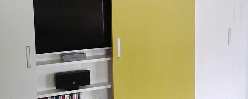 Regalelement für Hifi-TV-Anlage