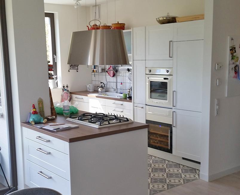 vorhandene k che nach umzug neu gestaltet holz handwerk. Black Bedroom Furniture Sets. Home Design Ideas