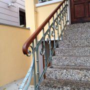 Treppenhandlauf von rechts