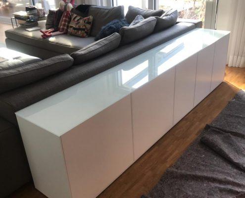 Weißes Sideboard